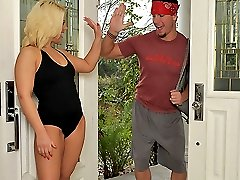 Watch hot personal trainer babe heather get her bangin hairy bush pounded in these hot gym fucking vids