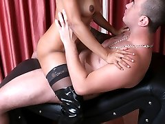 Stocking clad lady Suzy Anderson got her hairy slurped and fucked after giving a nasty blowjob