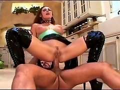 Venus humps in her latex boots