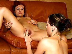 Sexy straight babes first time licking pussy