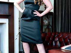 Sophia aching to strip and show you a bit more than her classic black FF nylons and leather stilettos!