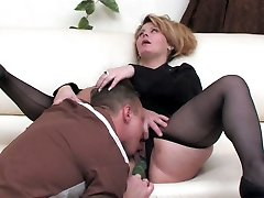 Mature business damsel in full-fashioned pantyhose taking cock up her vag