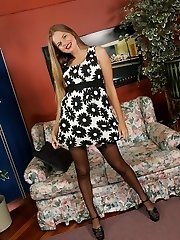 Cool Ashley in Stockings
