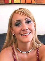 Hot sexy girlfriend nice booty fucked hard