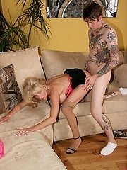 Mature blonde milf takes spunk-pump packing in her pink juicy slit by polishing on top