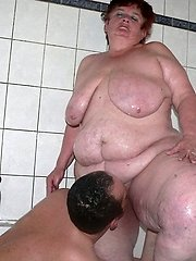 Horny tubby mature slut toying in the shower
