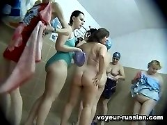 Groups of nakedladies changing clothes have no idea they are being filmed