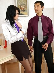 Awesome secretary prepped to tear her pantyhose for shocking sex in office