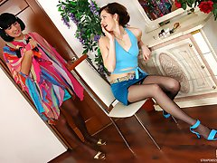 Heated sissy guy in lacy stockings throwing his tight ass on gal�s strap-on