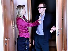 Elegant office babe tricking her male co-worker into anal strapon quickie