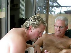 TWO DADDYS play COCKSUCKER at PARTY