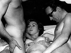 Sleazy 1950s London nylon pantyhose porno!