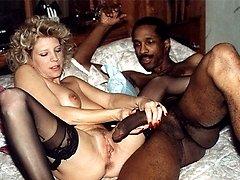 Usa hot sex kissing girl