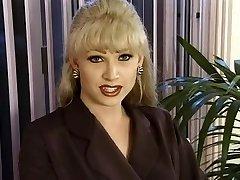 T-Woman Dominatrix-Bitch Brandy Scott