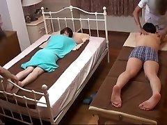 Abikaasa Kellad Jaapani Naist Saada Ulakas Massaaž - 2