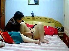 Kinesiska MILF hemmagjord Lesbiska