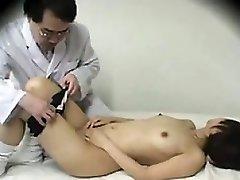 Asiatique Médecin Aime La Baise Écolières