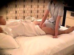 Caméra espion recoed dans le massage