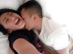NC gao Hmoob älskar att få våta fitta fingered