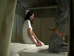 Caliente, Japonés Enfermera Se Folla Al Paciente