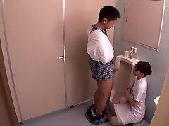 Miku Shirosaki, Rina Serino, Airi Minami en Hanjob Ayudar a la Enfermera de la 3 parte 2