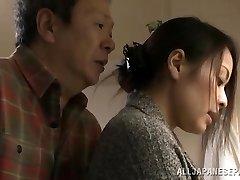 Mina Kanamori sıcak Asya milf azgın ev kadını