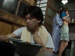 Kåt Japansk slyna restaurangen sumire Matsu i Otroliga Fru, Stora Bröst JAV film