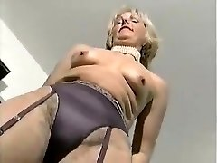 MATURE CLASSY Doll 2