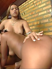 Two sexy booties do it all for some cum swapping