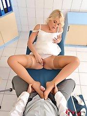 Blonde Czech Footjobs Her Doc