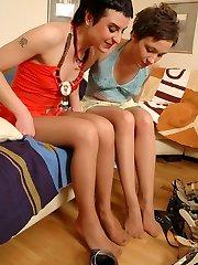 Pantyhosed honies fitting on various high heel footwear before red-hot nylon games