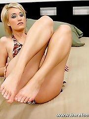 Brief haired blonde has her pretty bare feet cum splattered