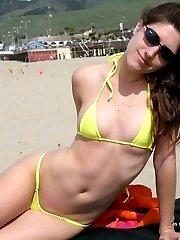 Babes posing outdoors in their bikinis