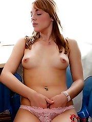 Sexy Suzie stuffs her hot box