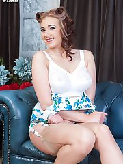 Join Sapphire in the drawing room, a place of quiet reflection and solitude.... Not this time!