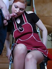 Steamy honey does her household chores before putting to work her nyloned feet