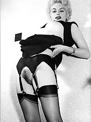 1950s hairy puss nylon sluts!