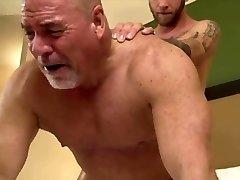 Hairy dad fuck hard raw bare