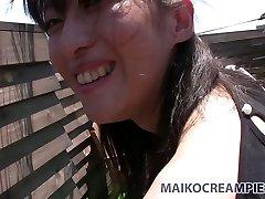 القبيح الآسيوية سمراء ميكي سوجيموتو ضربات زب الجنس اسلوب هزلي خارج