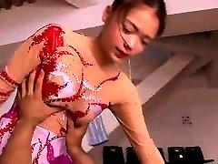 ázsiai amatőr bikini, szobalány egységes