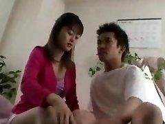 الآسيوية في سن المراهقة المشروبات cums...F70