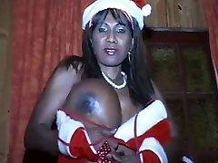 Hot black tart with big bosoms vs cock