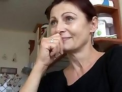SEXY MATURE HAS Bang-out FOR MONEY!