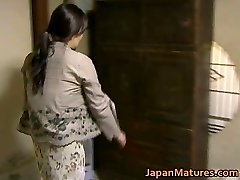 Japāņu MILF ir traks sekss bez jav