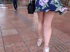 רגליים סקסיות הליכה 006