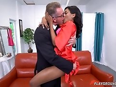 White Dad Fucks His Teen Dark-hued Step Daughter On His Wedding