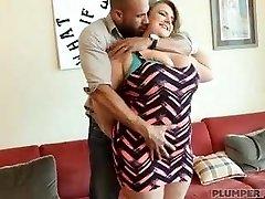 Xxl Boob BBW MILF Veronica Gags on Huge Latino Cock