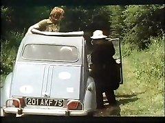 باشگاه وابسته به عشق شهوانی 13 سال 1975
