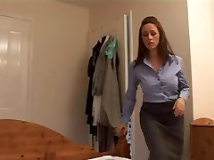 Angry mother gives her boyfriend a harsh hand job