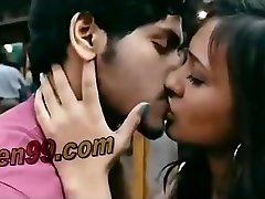 Indiano kalkata bengalese acctress caldo kissisn scena - teen99*com